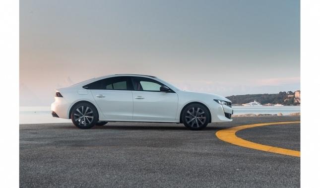 Imagen Aerodinámica, estética, habitabilidad: los secretos de la altura del Nuevo Peugeot 508