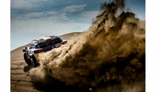 Imagen El Peugeot 3008 DKR Maxi se mantiene en cabeza en el Dakar 2018