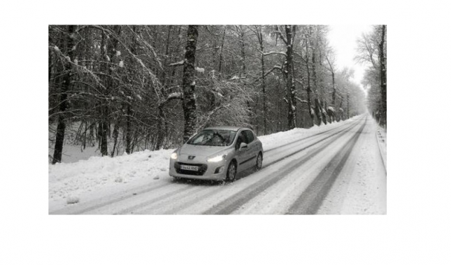 Imagen Conducción sobre nieve, precauciones y consejos para tu Peugeot.