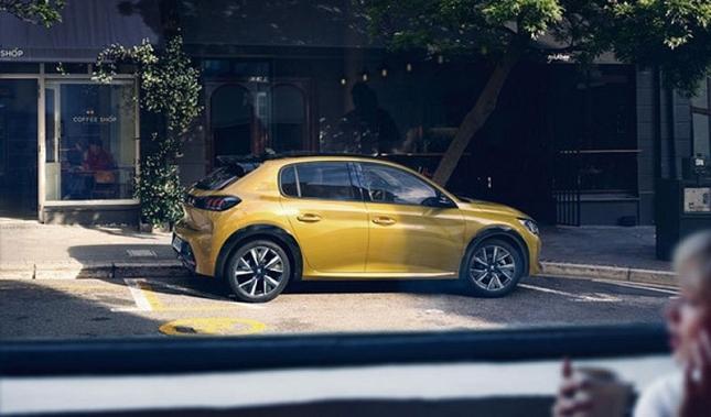 Imagen Presentación del nuevo Peugeot: 208 en el torneo Conde Godó