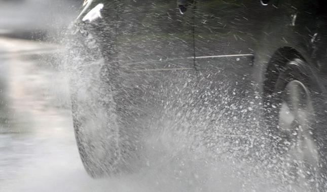Imagen Conducción segura bajo la lluvia